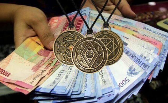 Money Amulet Asli — bagaimana menemukan maskot yang cocok untuk diri sendiri